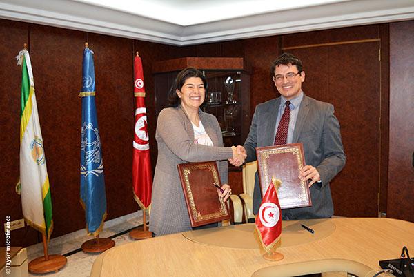 Taysir Microfinance et La Poste Tunisienne lancent la carte MobiTasshil.