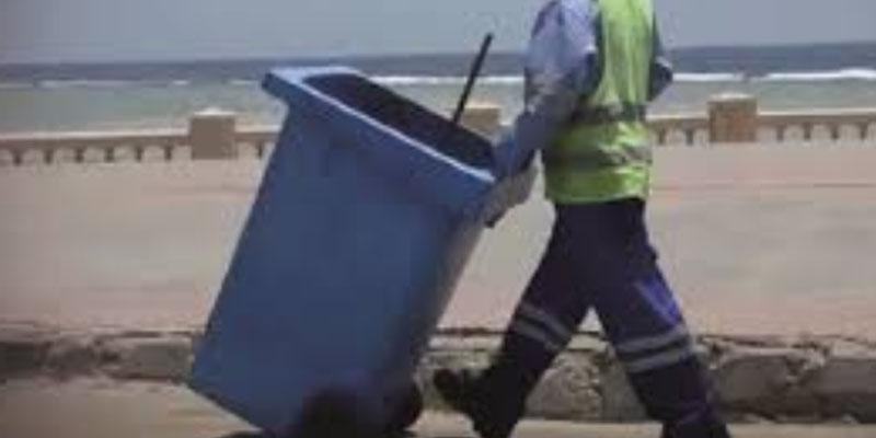 حقيقة وفاة عامل نظافة أثناء قيامه بعمله