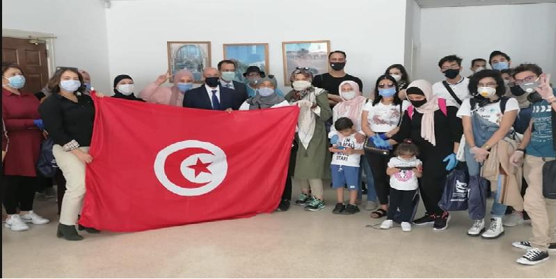 إجلاء 26 تونسيا من العالقين بالأردن
