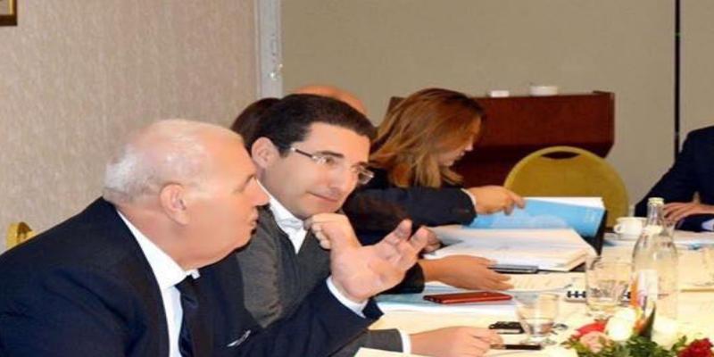 صور: سليم العزابي مدير الديوان الرئاسي السابق في اجتماع كتلة الائتلاف الوطني