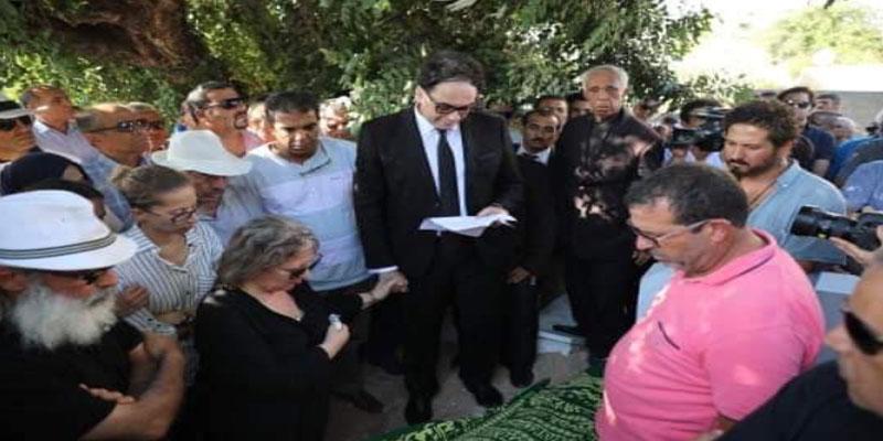 وزير الثقافة يؤبّن الراحل نجيب عياد