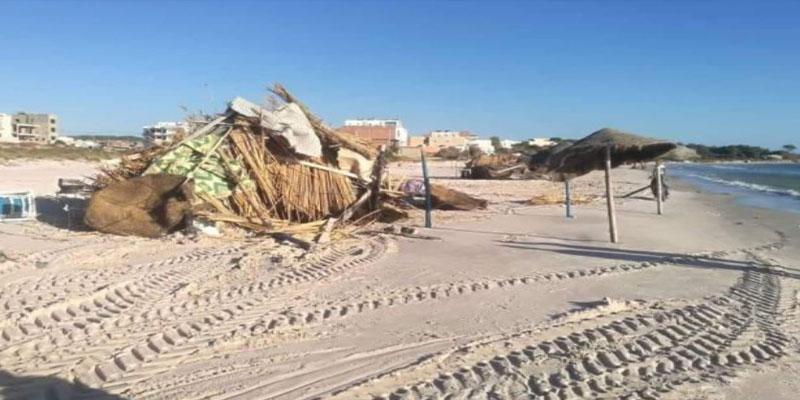 نابل: تحرير 10 مخالفات وحجز كراسي ومظلات شمسية في حملة أمنية بالشواطئ