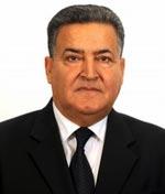 Farhat Rajhi vote à Manzel Bourguiba