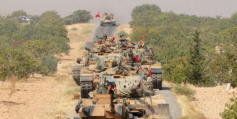 Plus de 30 militaires turcs tués dans une frappe syrienne à Idlib, la Turquie riposte