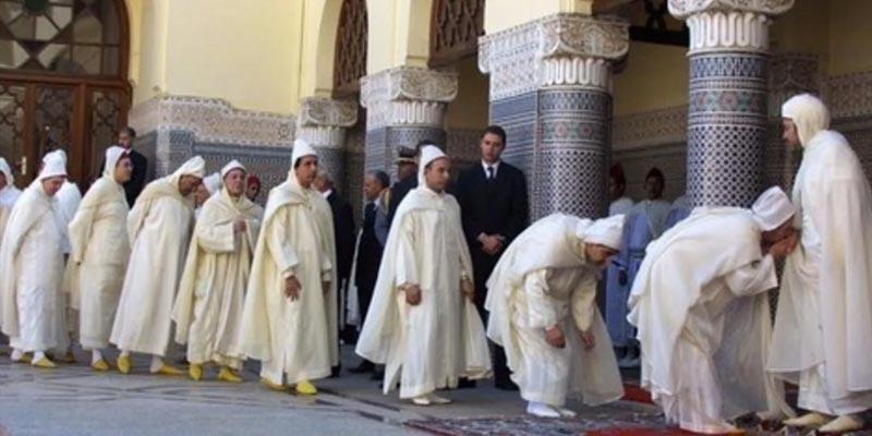 بالفيديو: إلغاء تقبيل اليد الملكية في المغرب بسبب كورونا