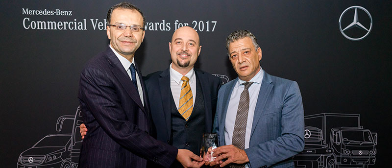 Le Moteur/ICAR remporte le prix du meilleur Distributeur Carrossier Bus Mercedes-Benz