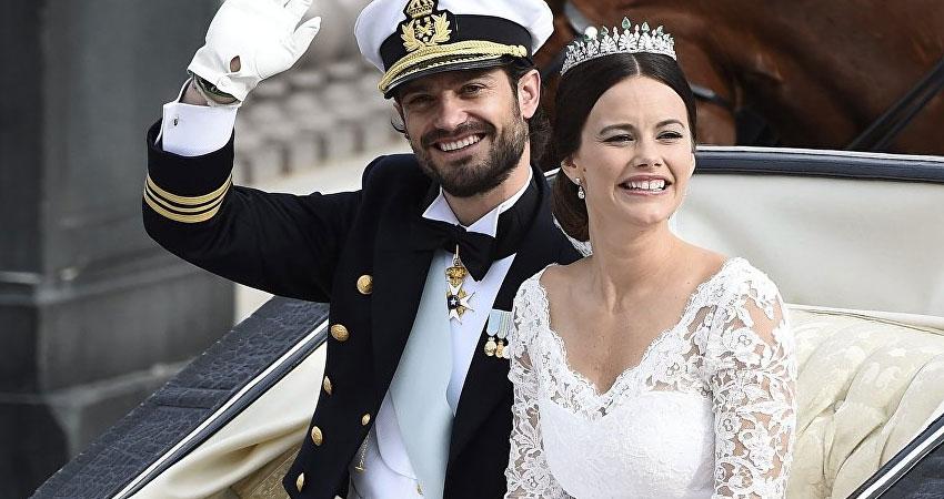 صور..حفل زفاف يشبه الخيال على أعلى قمة في العالم