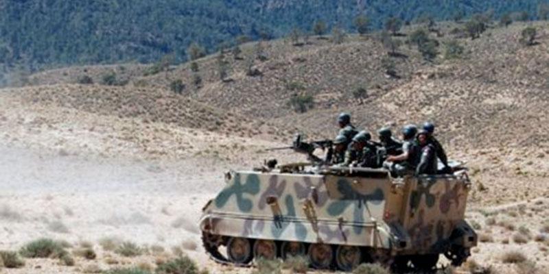 Traque de terroristes à la frontière algérienne