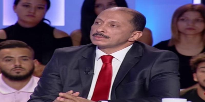 محمد عبو يندّد بما حصل لحافظ قائد السبسي بالمطار: سي يوسف الشاهد كثّرلها