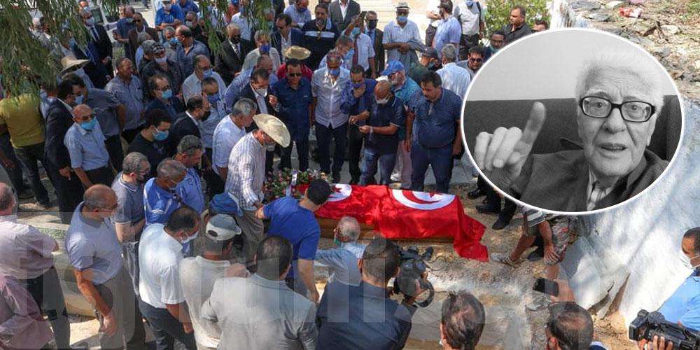صور.. جنازة الفقيد أحمد بن صالح بمقبرة الجلاز