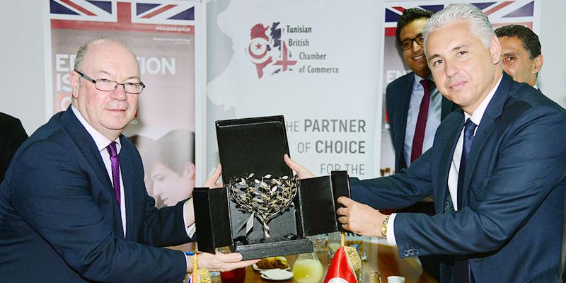 En photos : Le Ministre Britannique Alistair Burt visite la Chambre de Commerce Tuniso-Britannique
