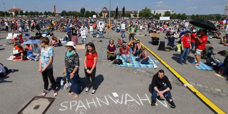 Allemagne: les anti-confinement se mobilisent