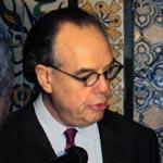 Frédéric Mitterrand rend hommage au théâtre tunisien