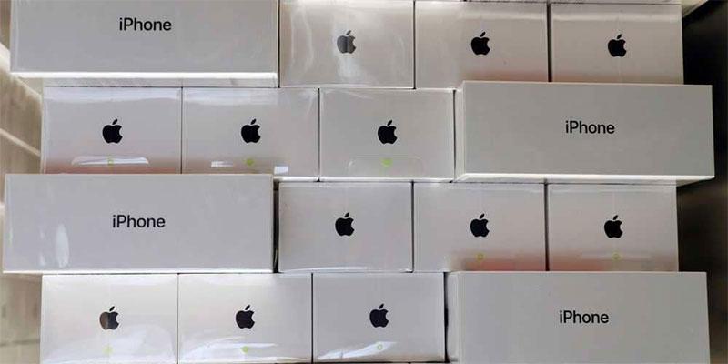أبل ترصد جوائز لمن يعثر على ثغرات أمنية في أجهزة آيفون