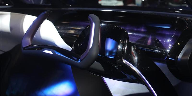 السلطات الأمريكية تتهم موظفا سابقا في ''آبل '' بسرقة أسرار سيارة للقيادة الذاتية