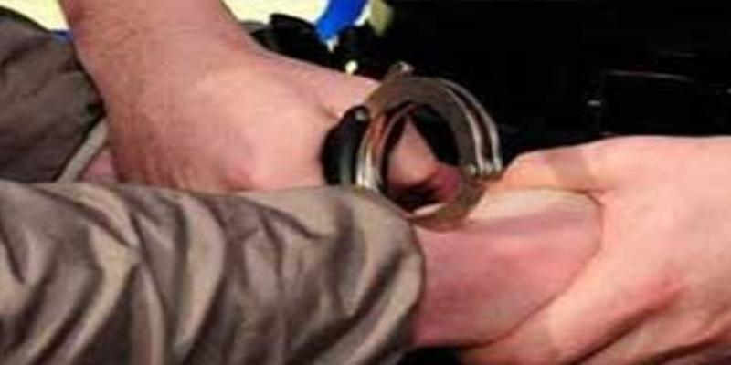 أريانة: القبض على شخص سلب امرأة هاتفين جوالين بعد الاعتداء عليها بالعنف