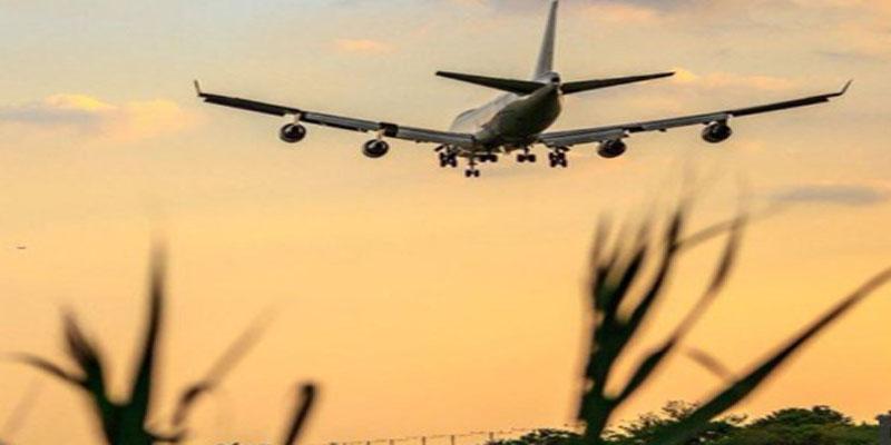 طائرة روسية ترتطم بالأرض بشدة أثناء هبوطها