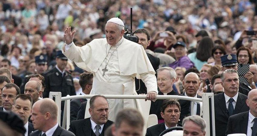 بالفيديو-الاعتداء على البابا فرنسيس في تشيلي