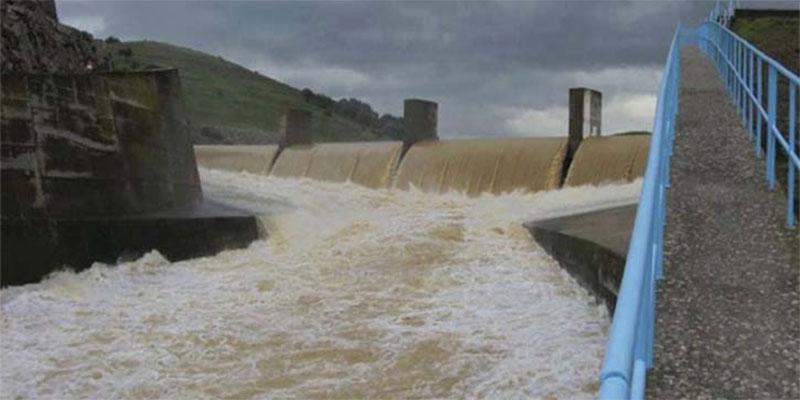 زغوان : تنفيس 3 سدود جبليّة تحسّبا لفيضانها نتيجة تهاطل الأمطار بكميات كبيرة بكافة مناطق الجهة