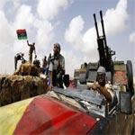 الطيران الليبي يقصف معاقل ثوار بن غازي