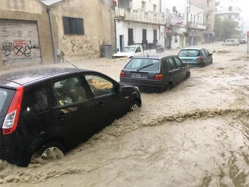 بالصور: أمطار وفيضانات في بنزرت
