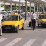 Les chauffeurs de taxis en sit-in devant le gouvernorat de Bizerte