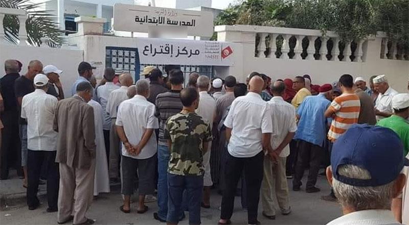 المتلوي: احتجاج ناخبين ضد حزب كان قد وعدهم بمبالغ مالية
