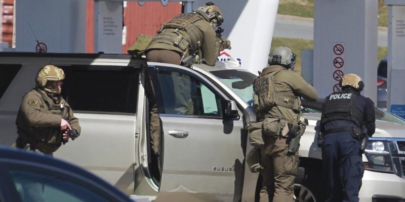 Canada : Un homme armé fait au moins 16 morts