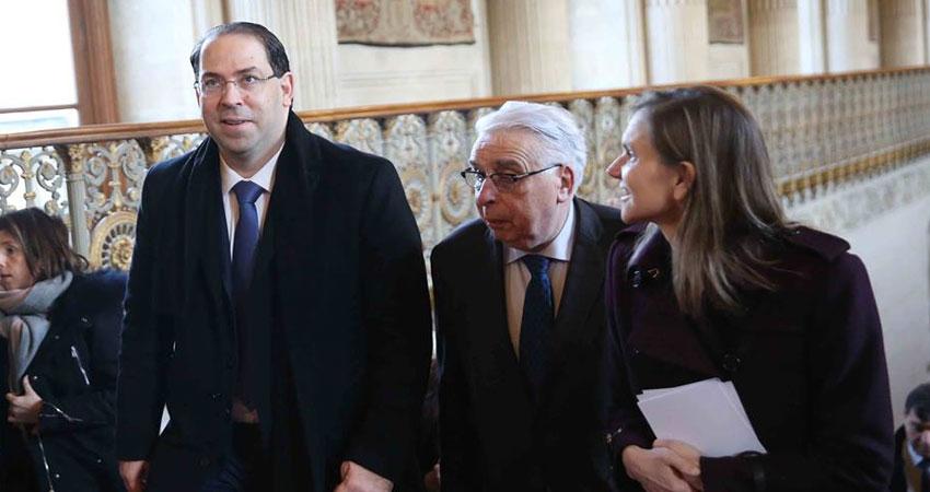 الشاهد يعرض في باريس خارطة الطريق الاقتصادية لحكومته