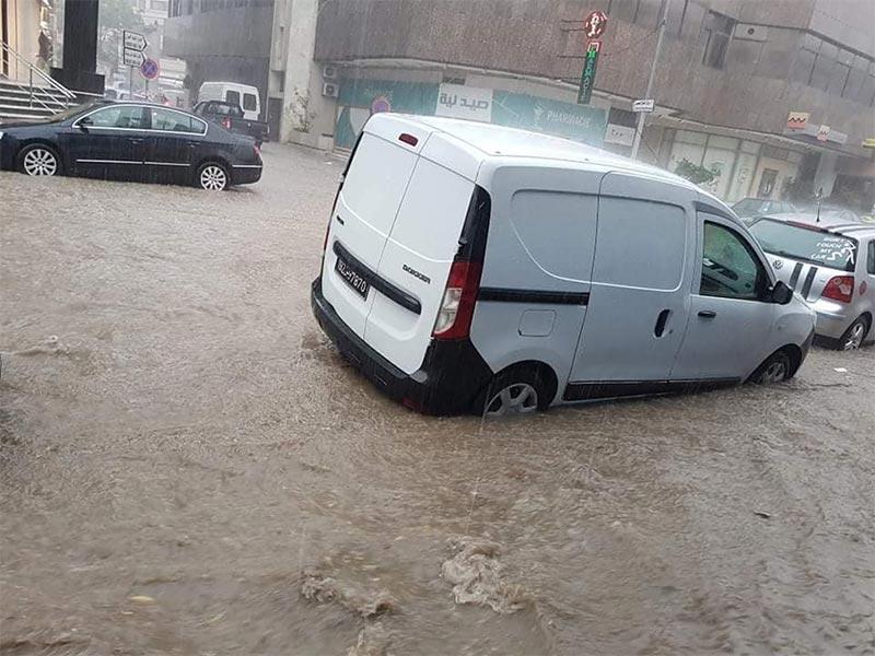 بالصور: أمطار الخريف تغمر العاصمة