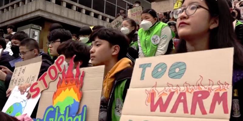 Dans plus de 100 pays, grandes manifestations des jeunes contre l'inaction climatique