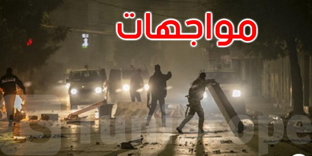 القصرین: تجدد المواجھات بین عدد من الشباب ووحدات أمنیة بحي الزھور