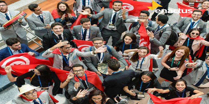 Les jeunes à coeur ouvert avec Monsieur le Chef du Gouvernement