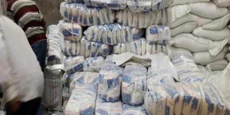 A Sfax, l'interception d'une contrebande de produits alimentaires fait découvrir des tonnes de couscous et de pates cachées