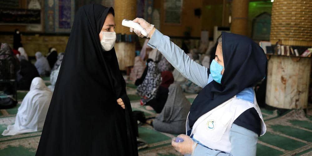 وفيات كورونا في إيران تتجاوز 19 ألفاً.. والإصابات بارتفاع<