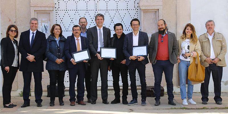 Convention de coopération entre la société Schüco et l'Ecole d'Architecture et d'Urbanisme