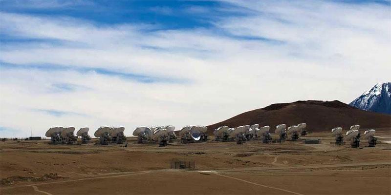 اكتشاف كواكب عملاقة في نظام شمسي غريب