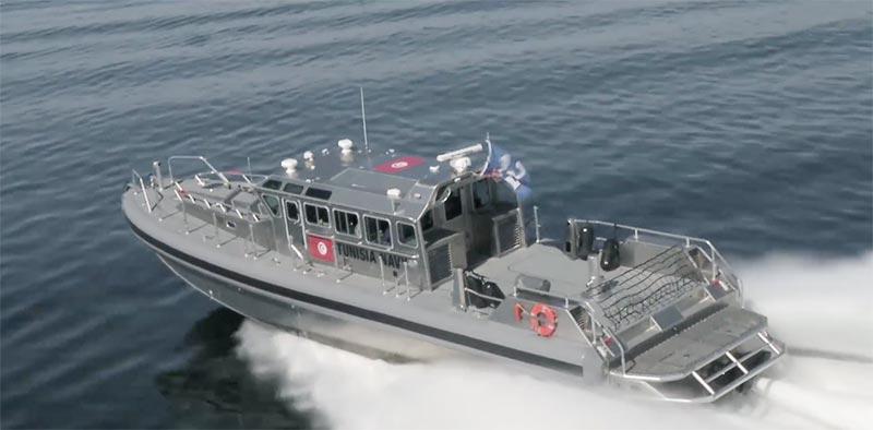 جيش البحر يجلي بحارا تونسيا أصيب بجرح غائر