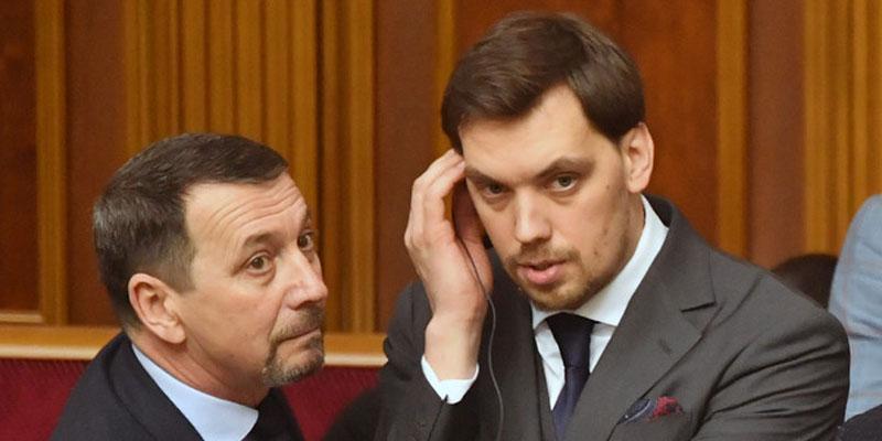 Démission du premier ministre ukrainien, première grosse crise pour Zelensky