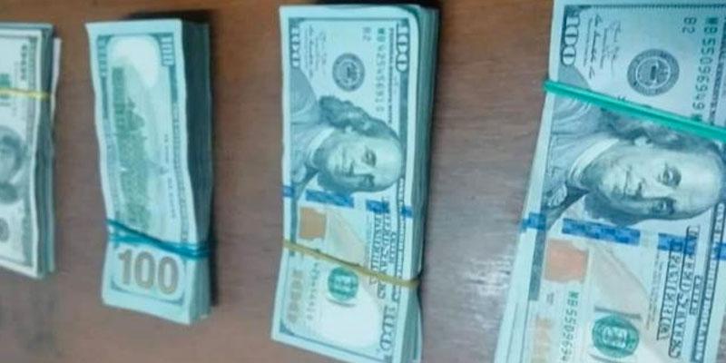 Saisie de 35,5 mille dollars à Ras Jedir, en possession d'un voyageur libyen