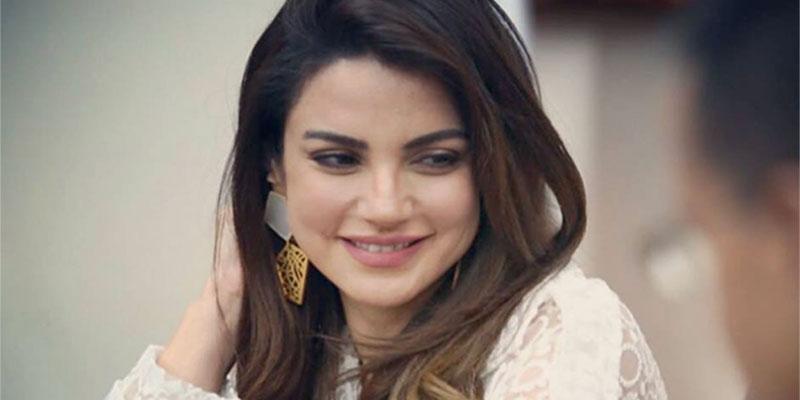 En photos Dorra Zarrouk honorée lors d'une conférence : Que pensez-vous de son look ?