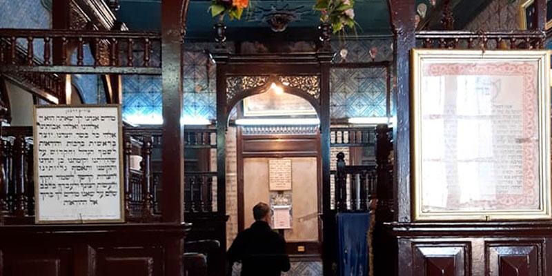 Des artistes et des hommes politiques étrangers visiteront la Synagogue de la Ghriba cette année