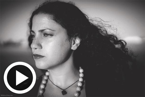 Ensan Dhif d'Emel Mathlouthi : classée meilleure nouvelle chanson par Pitchfork