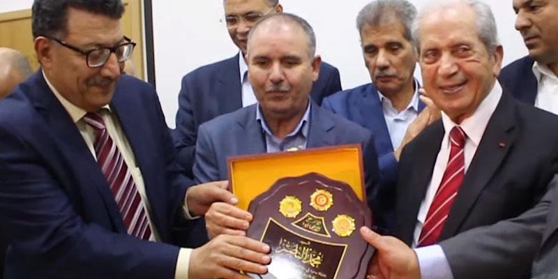 En vidéo : l'UGTT rend hommage à Mohamed Ennaceur