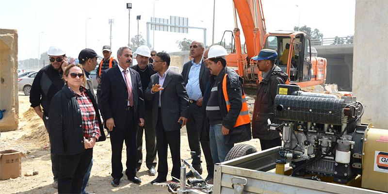 وزير التجهيز يعاين تحويل قنوات جلب مياه الشرب في مشروع محول المخرج الغربي للعاصمة