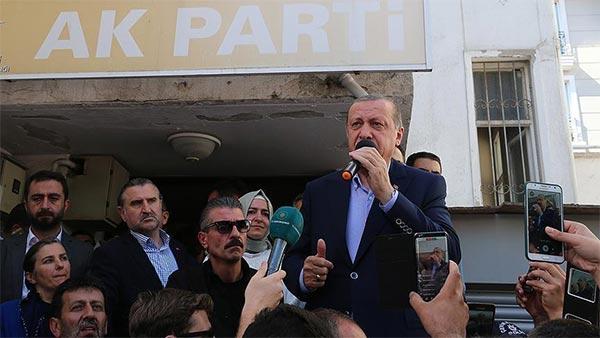 أردوغان: الولايات المتحدة باتت شريكة في الدماء المسفوكة بقرار القدس