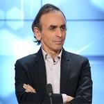 كاتب فرنسي يقترح ترحيل المسلمين من فرنسا ووزير الداخلية يندد