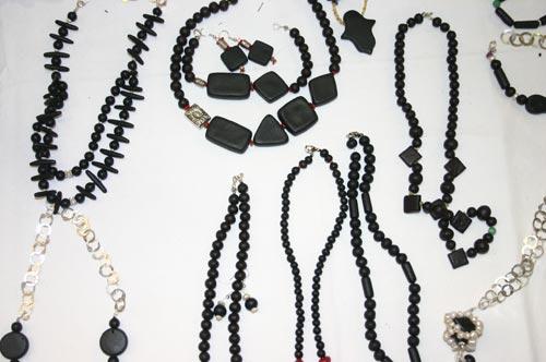 Salon de l'artisanat : l'ambre parfume vos bijoux !