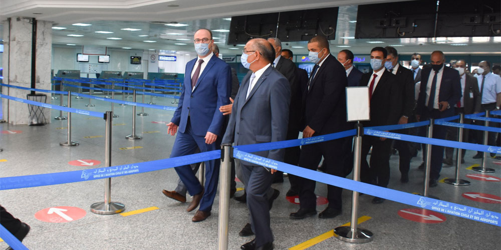 التوقي من ''كورونا'': الفخفاخ في زيارة إلى مطار تونس قرطاج