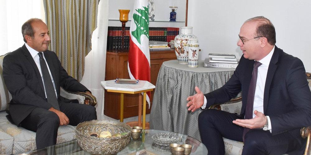 Fakhfakh présente ses condoléances au peuple libanais